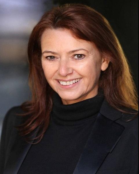 Female Actor Alison Lewin - Stirling Management Actors Agency
