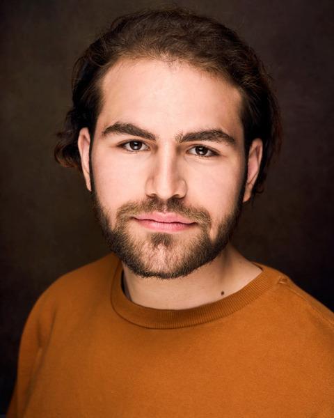 Male Actor  Az Phillips - Stirling Management Actors Agency