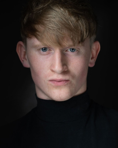 Male Actor  ben krinks - Stirling Management Actors Agency