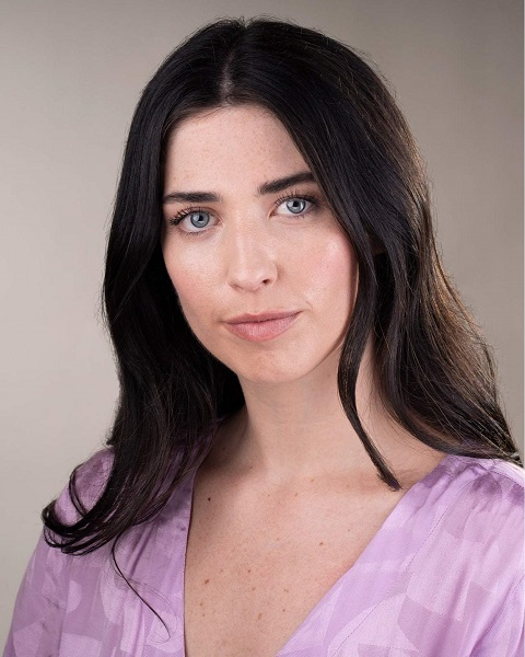 Female Actor Charlotte Ireney - Stirling Management Actors Agency