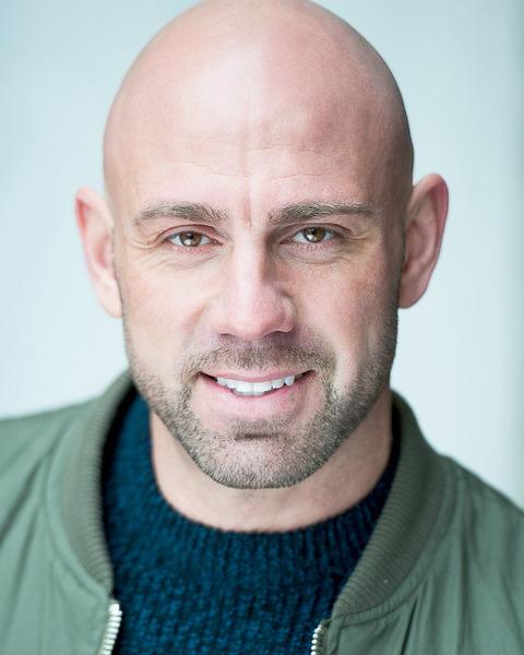 Male Actor  Dan Stanton - Stirling Management Actors Agency