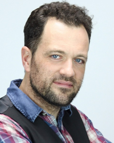 Male Actor  James Connolly - Stirling Management Actors Agency