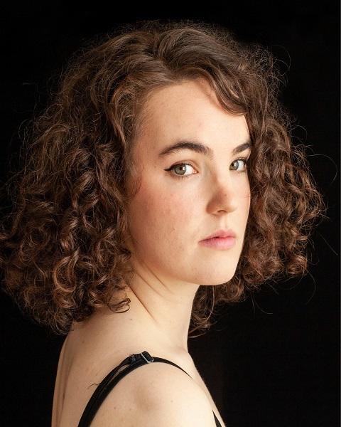 Female Actor Julia Quayle - Stirling Management Actors Agency