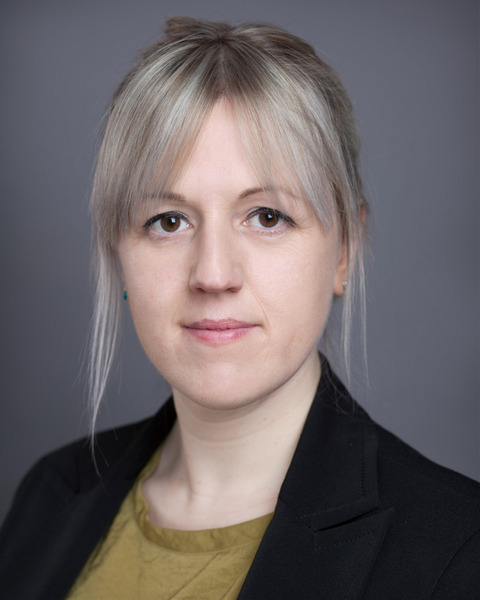 Female Actor Kate Bynon - Stirling Management Actors Agency