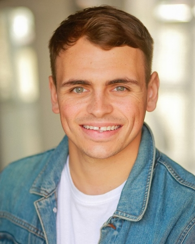 Male Actor  Luke Wetherill - Stirling Management Actors Agency