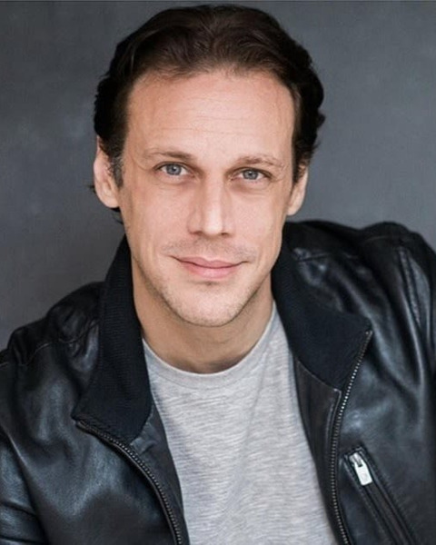Male Actor  Martin Portlock - Stirling Management Actors Agency