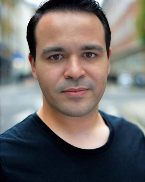 Male Actor  Nick Fortella - Stirling Management Actors Agency