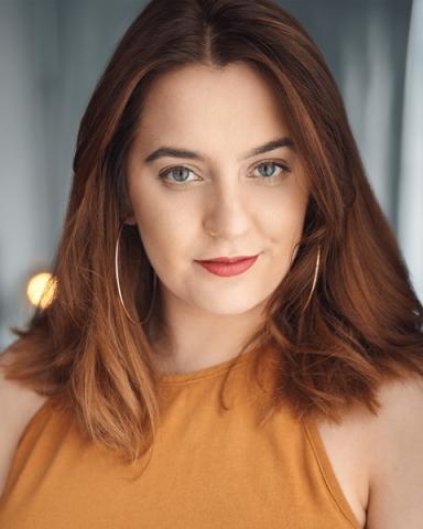 Female Actor Sophie Marlowe - Stirling Management Actors Agency