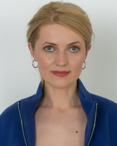 Female Actor Tatiana Zapolnova - Stirling Management Actors Agency